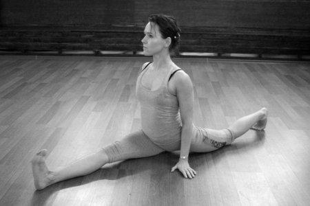 """Практический курс йоги 15 занятий """"Здоровый позвоночник"""""""