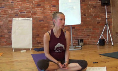 Практика хатха-йоги в начальных группах