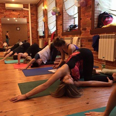 Травмобезопасность в практике хатха-йоги