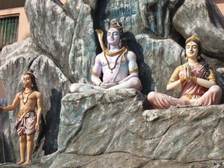 Хатха-йога: традиции и современный подход