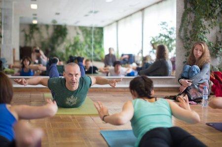 Йога: кропотливая работа с собой и своим телом