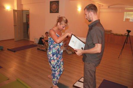 Ппоздравляем выпускников с окончанием обучения на курсе освоения медитации